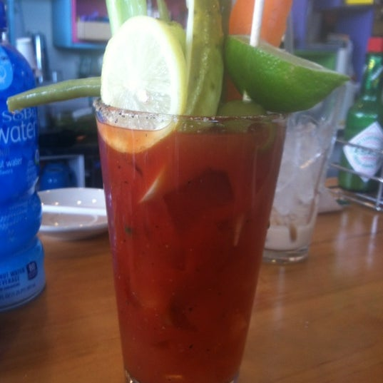 รูปภาพถ่ายที่ Jelly Cafe โดย Guy S. เมื่อ 9/16/2012