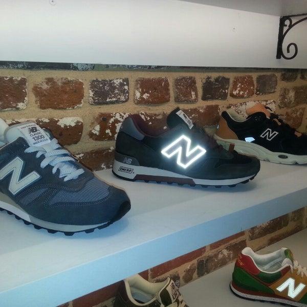 3/13/2013 tarihinde David J.ziyaretçi tarafından Sneaker'de çekilen fotoğraf