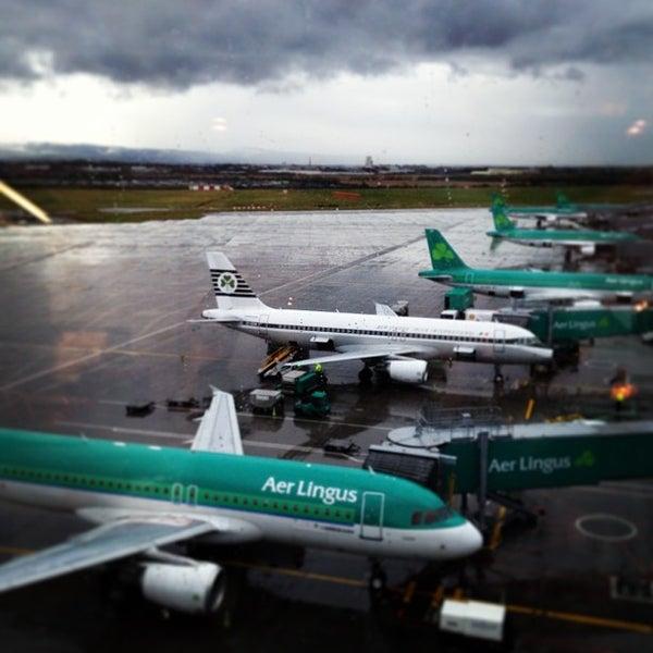 Foto tirada no(a) Aeroporto de Dublin (DUB) por Damian G. em 1/25/2013