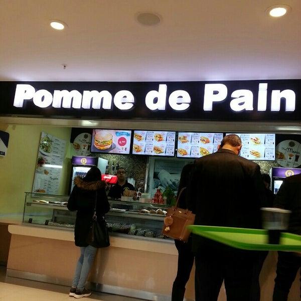 Photos At Pomme De Pain Les Jardins Du Lac Niveau 3
