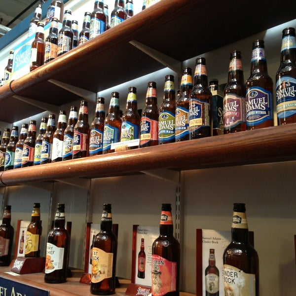 Photo prise au Samuel Adams Brewery par Ann-Marie R. le7/26/2013