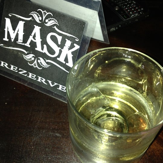 Foto diambil di Mask Live Music Club oleh Zülal G. pada 11/23/2012