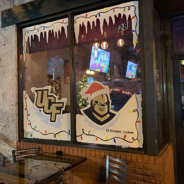 Foto tomada en Avenue Gastrobar por Marty N. el 12/25/2018