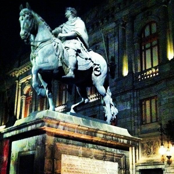 11/18/2012 tarihinde Alex C.ziyaretçi tarafından Museo Nacional de Arte (MUNAL)'de çekilen fotoğraf