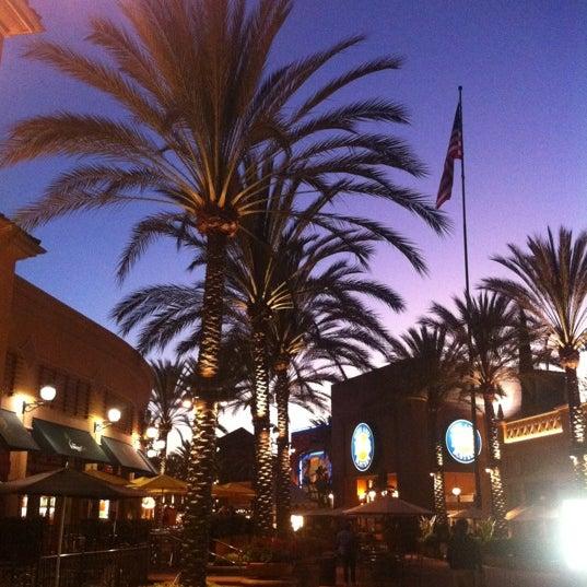 Снимок сделан в Irvine Spectrum Center пользователем Abdullah 11/14/2012