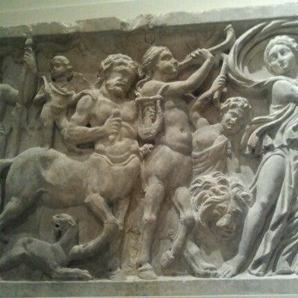 Das Foto wurde bei University of Pennsylvania Museum of Archaeology and Anthropology von Kelly P. am 12/7/2012 aufgenommen