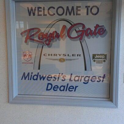 Royal Gate Dodge >> Photos At Royal Gate Dodge Chrysler Jeep Ram Of Ellisville 15 Tips