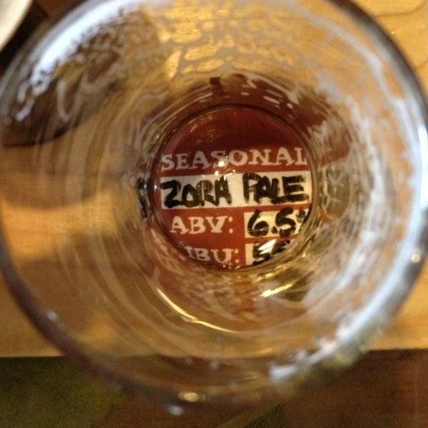 Das Foto wurde bei Strange Craft Beer Company von Dan R. am 6/30/2013 aufgenommen
