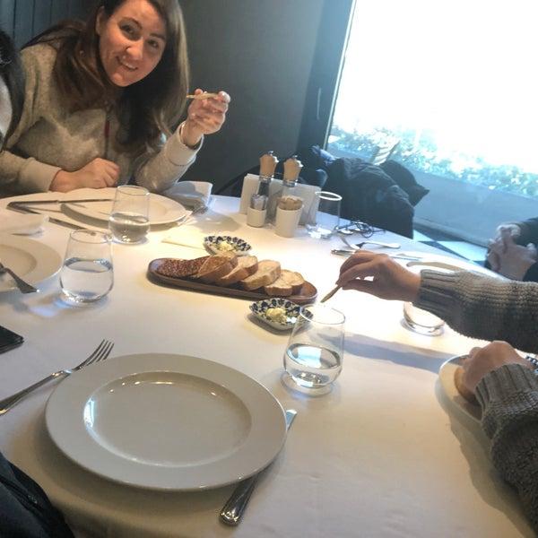 3/3/2019 tarihinde Aysun O.ziyaretçi tarafından Seraf Restaurant'de çekilen fotoğraf