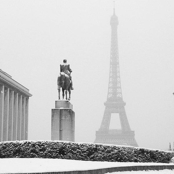 Photo prise au Place du Trocadéro par Simone S. le1/20/2013