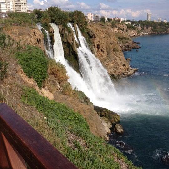 10/24/2012 tarihinde Merve U.ziyaretçi tarafından Düden Şelalesi'de çekilen fotoğraf