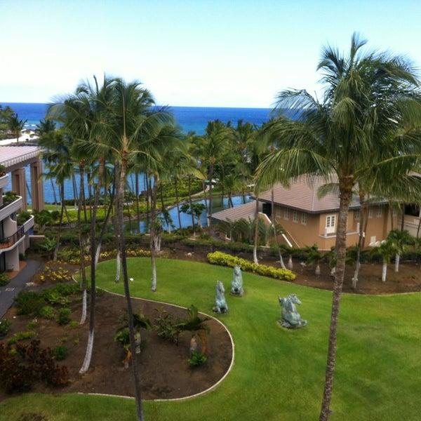 Foto tomada en Hilton Waikoloa Village por Neal J. el 6/28/2013