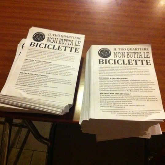 รูปภาพถ่ายที่ Ciclofficina Centrale Associazione Ciclonauti โดย Il Losco I. เมื่อ 10/13/2012