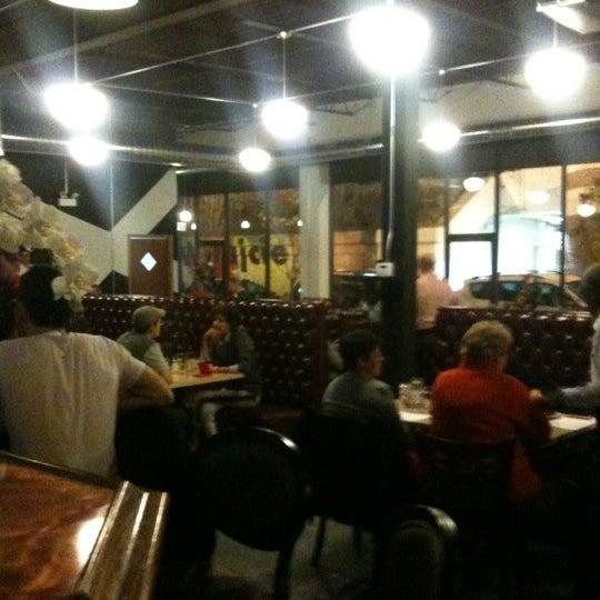 Das Foto wurde bei MorseL von Chad L. am 11/1/2012 aufgenommen