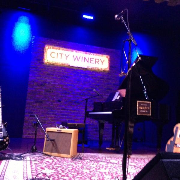 5/10/2013 tarihinde Chad L.ziyaretçi tarafından City Winery'de çekilen fotoğraf