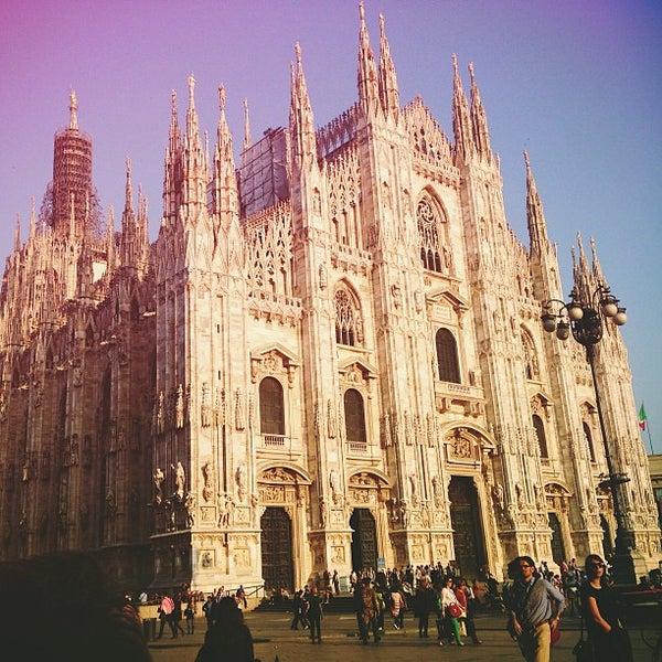 Photo prise au Dôme de Milan par Maryana E. le4/19/2013