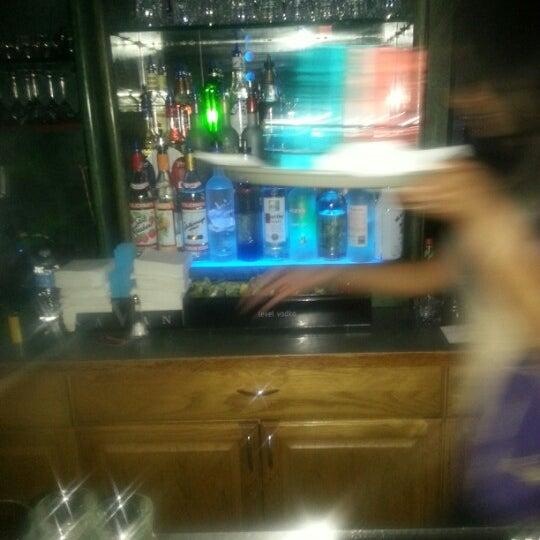 Снимок сделан в Bleu Martini пользователем Edward H. 11/24/2012