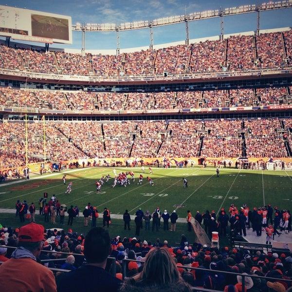 Foto diambil di Broncos Stadium at Mile High oleh Cooper S. pada 12/23/2012