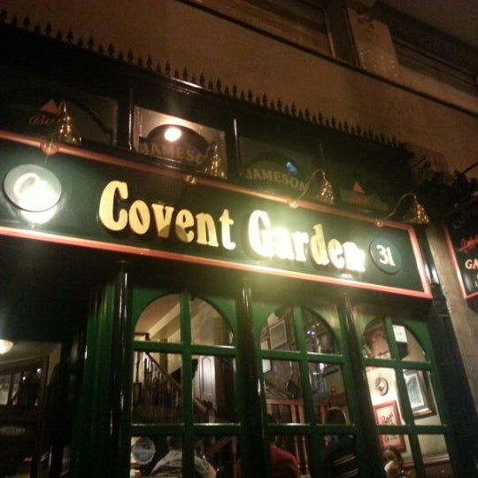 Photo prise au Covent Garden par Ces M. le10/16/2012
