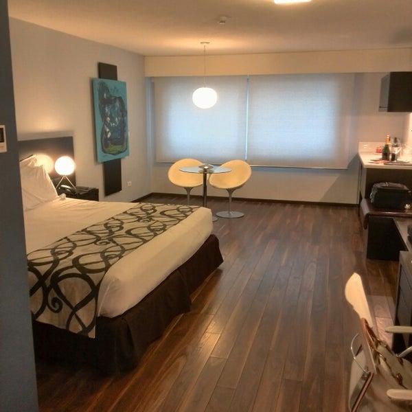 Foto diambil di My Suites Boutique Hotel & Wine Bar Montevideo oleh Anita J. pada 5/6/2014