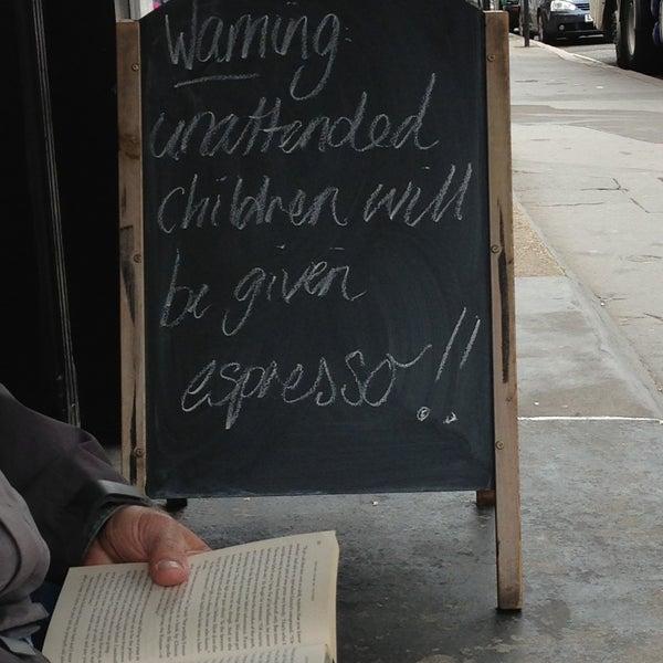 5/11/2013 tarihinde Sophiaziyaretçi tarafından Kaffeine'de çekilen fotoğraf