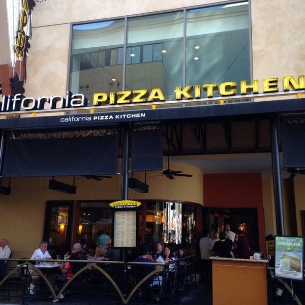 California Pizza Kitchen At Hollywood 6801 Hollywood Blvd