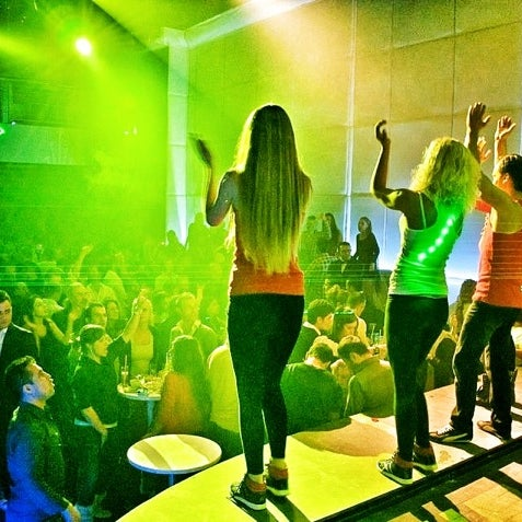 12/3/2012にEmre D.がD'lux Club Ankaraで撮った写真