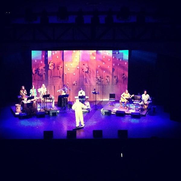 Foto diambil di Teatro Nescafé de las Artes oleh Juan Eduardo D. pada 10/26/2014