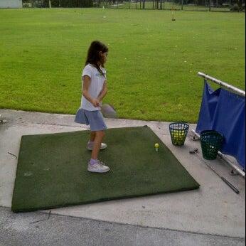 Das Foto wurde bei Palmetto Golf Course von Cary am 10/7/2012 aufgenommen