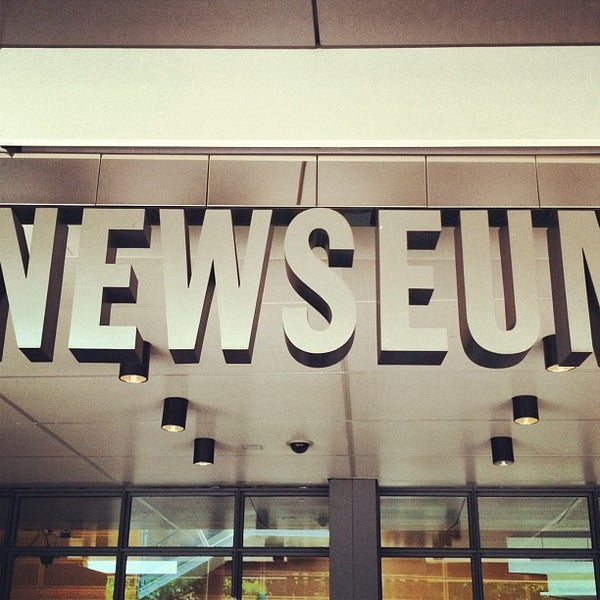 Снимок сделан в Музей журналистики и новостей пользователем Terry P. 7/14/2013