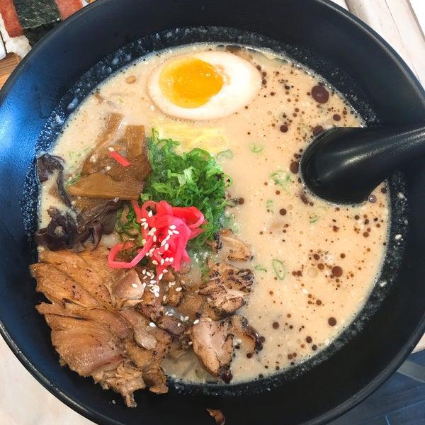 Das Foto wurde bei Chibiscus Asian Cafe & Restaurant von Inga C. am 7/23/2016 aufgenommen
