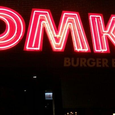 Foto tirada no(a) DMK Burger Bar por Jeff E. em 12/30/2012