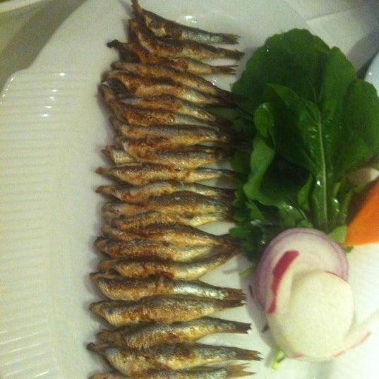 Foto diambil di Yelken Restaurant oleh Simten D. pada 12/2/2012