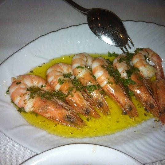Foto diambil di Yelken Restaurant oleh Simten D. pada 10/20/2012