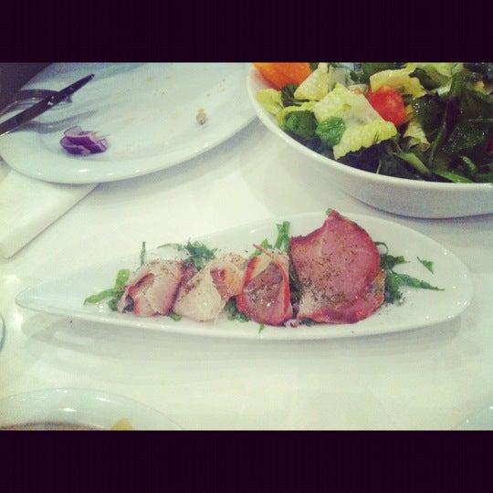 Foto diambil di Yelken Restaurant oleh Simten D. pada 11/25/2012