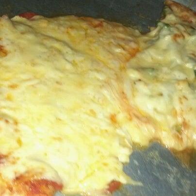 Снимок сделан в Mama's Pizza пользователем Luis N. 10/6/2012