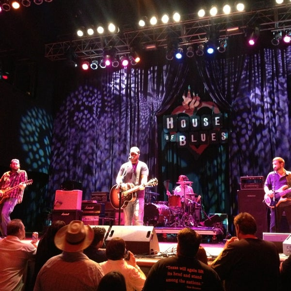 Foto scattata a House of Blues da Stacey M. il 5/26/2013