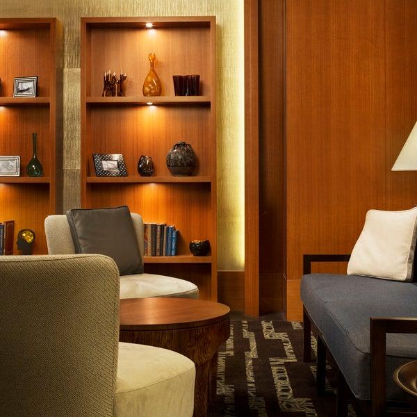 Four Seasons Hotel Sydney Sydney City Center 199 George St