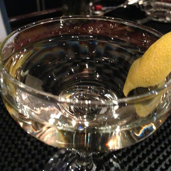 Foto tirada no(a) Astor Wines & Spirits por Helen L. em 3/19/2013