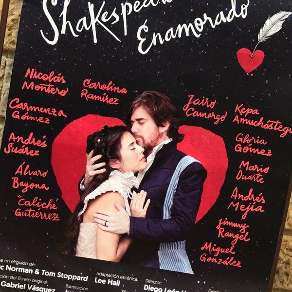 Das Foto wurde bei Teatro Colón von aSTRO1ooo am 8/27/2017 aufgenommen