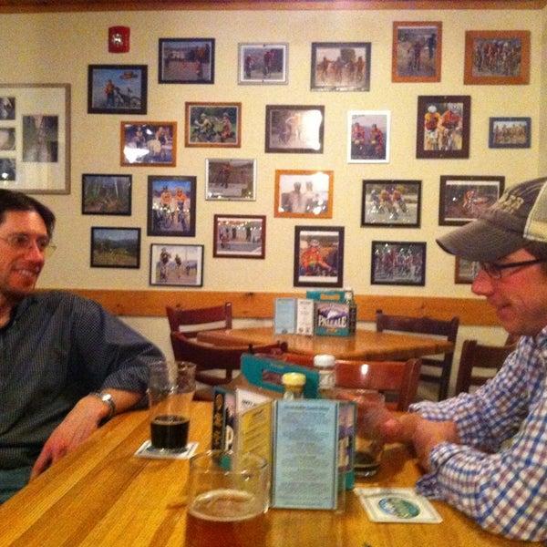Das Foto wurde bei Snake River Brewery & Restaurant von Kate F. am 3/8/2013 aufgenommen