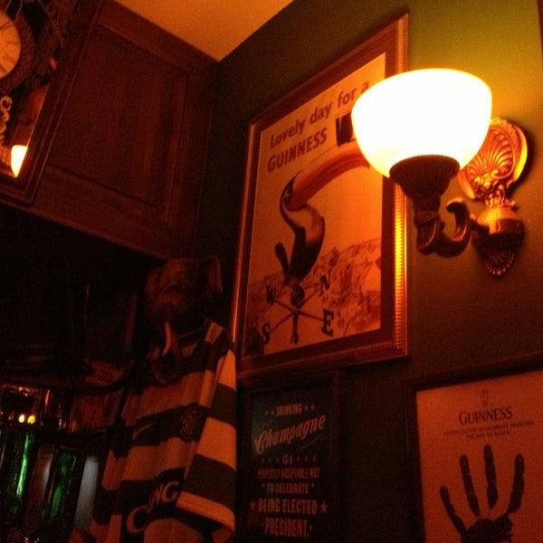 1/19/2013 tarihinde Melek Y.ziyaretçi tarafından Drunken Duck'de çekilen fotoğraf