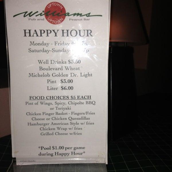 3/17/2013에 Kimberly D.님이 Williams Uptown Pub & Peanut Bar에서 찍은 사진