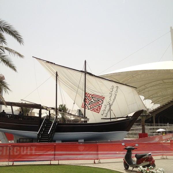 Foto scattata a Bahrain International Circuit da Oliver Roy il 4/21/2013