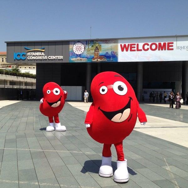 รูปภาพถ่ายที่ İstanbul Kongre Merkezi โดย Hatice เมื่อ 5/18/2013