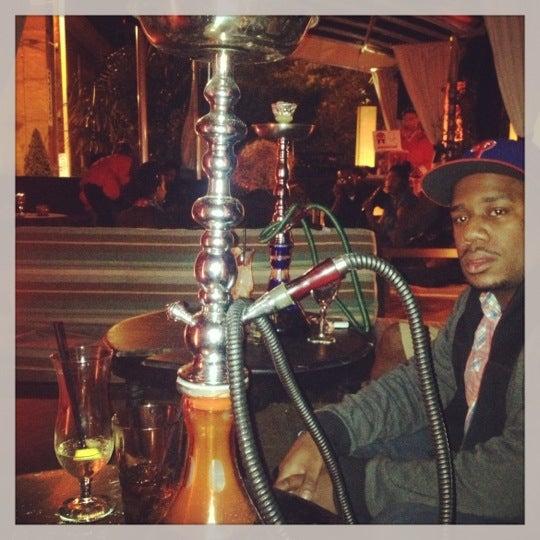 4/21/2013에 Joshua님이 Mosaic Wine Lounge에서 찍은 사진