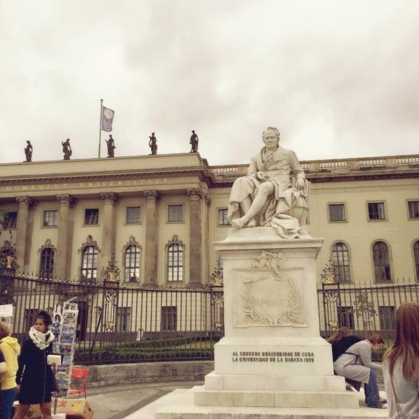 8/25/2015에 Mika님이 Humboldt-Universität zu Berlin에서 찍은 사진