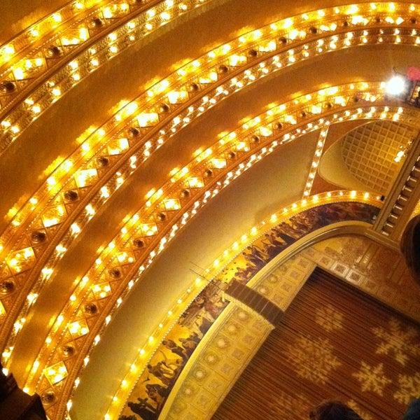 12/27/2012 tarihinde Kelli L.ziyaretçi tarafından Auditorium Theatre'de çekilen fotoğraf
