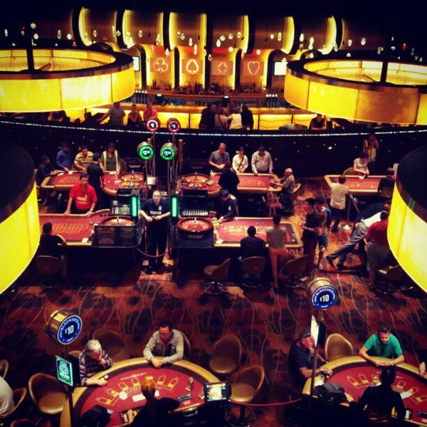 Play casinos online canada players for real money