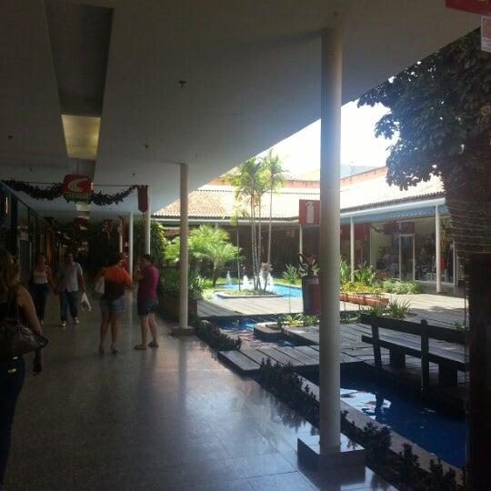 Foto diambil di Shopping Rio Claro oleh Laura F. pada 12/5/2012